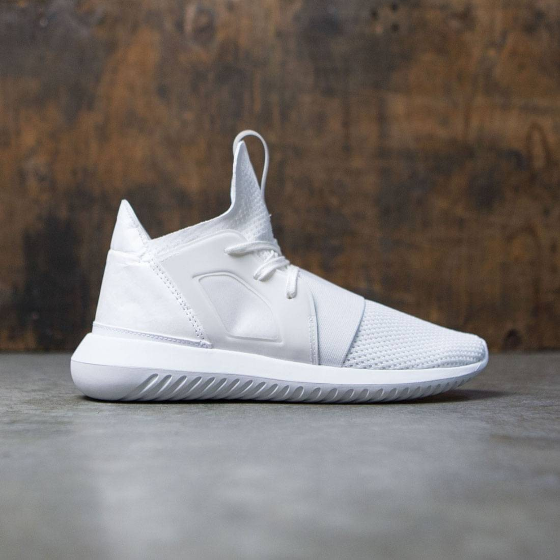 separation shoes dc7d5 e3ab0 Adidas Women Tubular Defiant (white / footwear white)