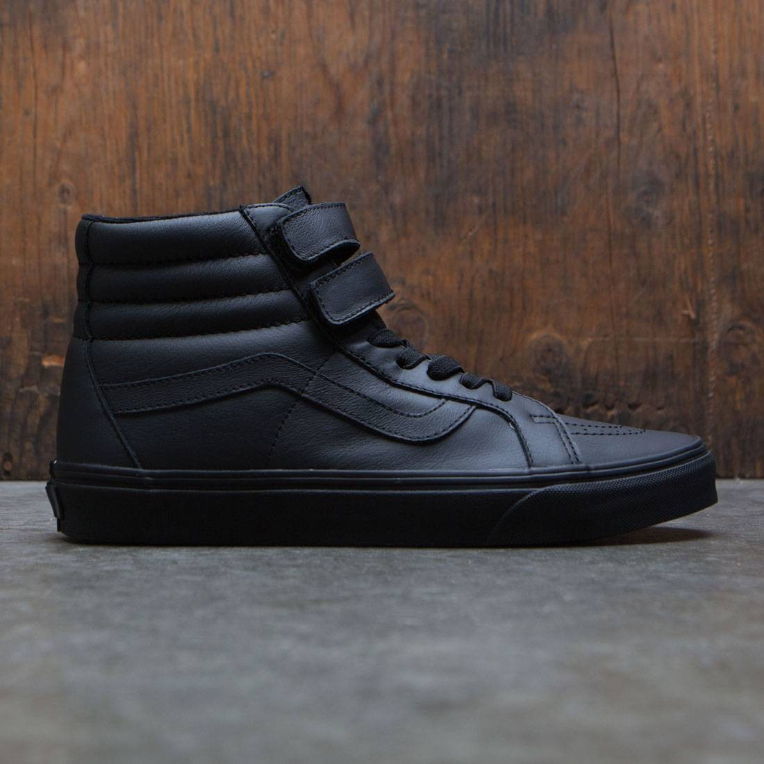 592b1f9639 Vans Men SK8-Hi Reissue V - Mono Leather (black)
