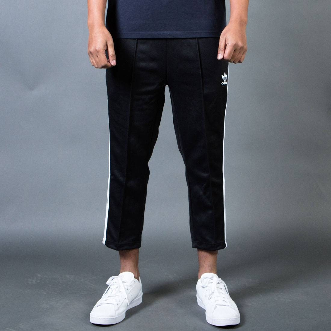 8397aeee7230 Adidas Men Superstar Relaxed Cropped Track Pants black white