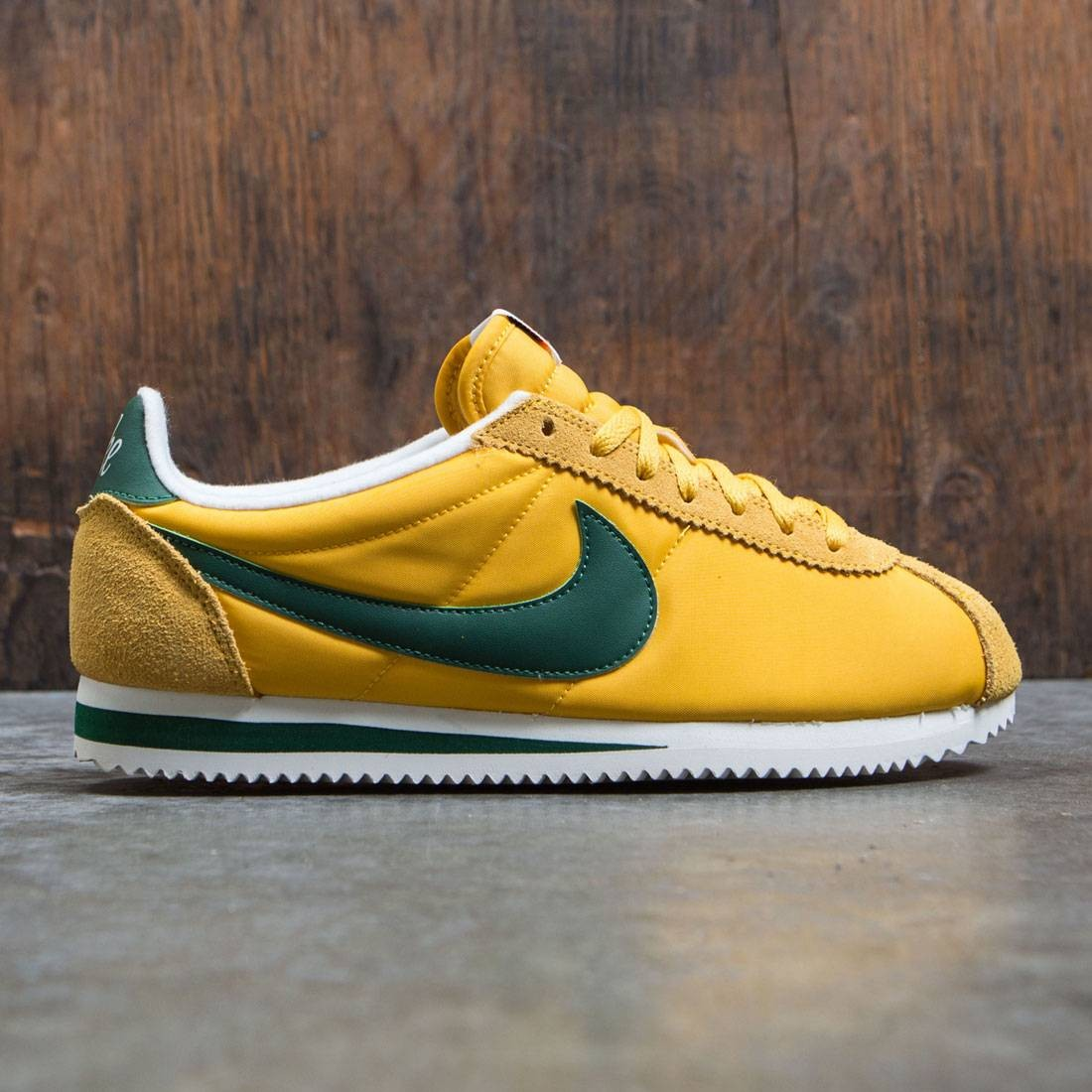 reputable site 34117 0bd61 nike men classic cortez nylon premium yellow ochre gorge green sail