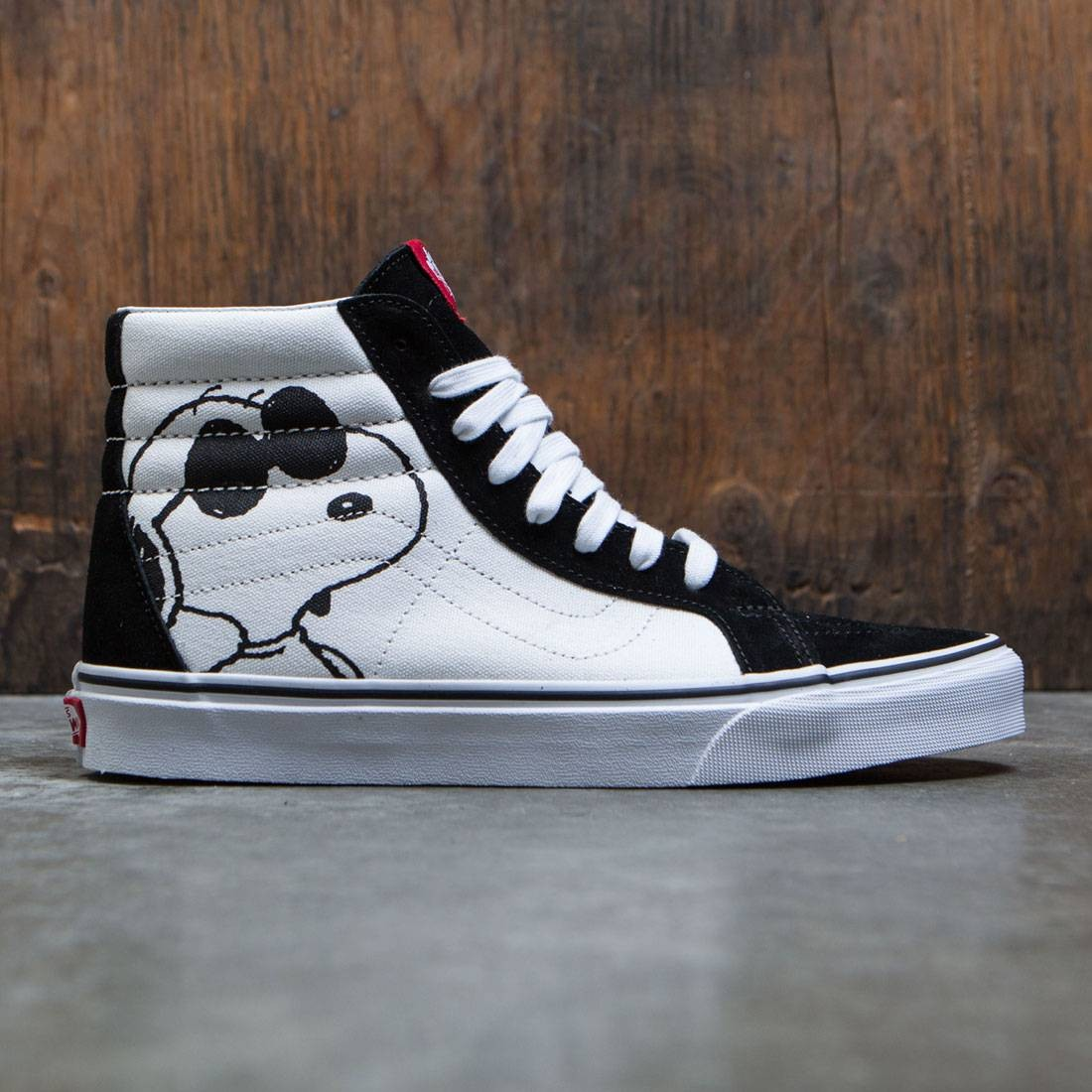 d1522393930a88 Vans x Peanuts Men Sk8-Hi Reissue - Joe Cool black