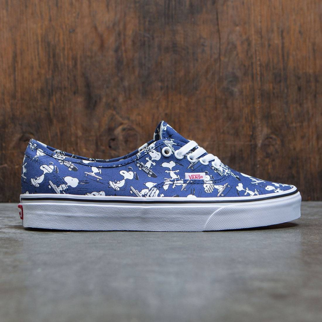 6de09dabadfd Vans x Peanuts Men Authentic - Snoopy Skating blue