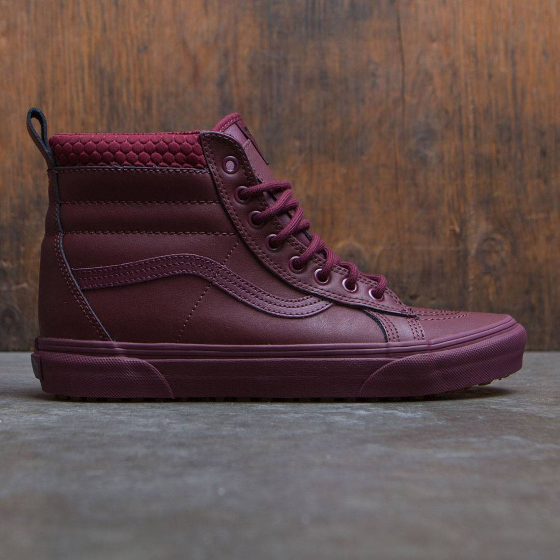 425a90e702 Vans Men SK8-Hi MTE burgundy port royale