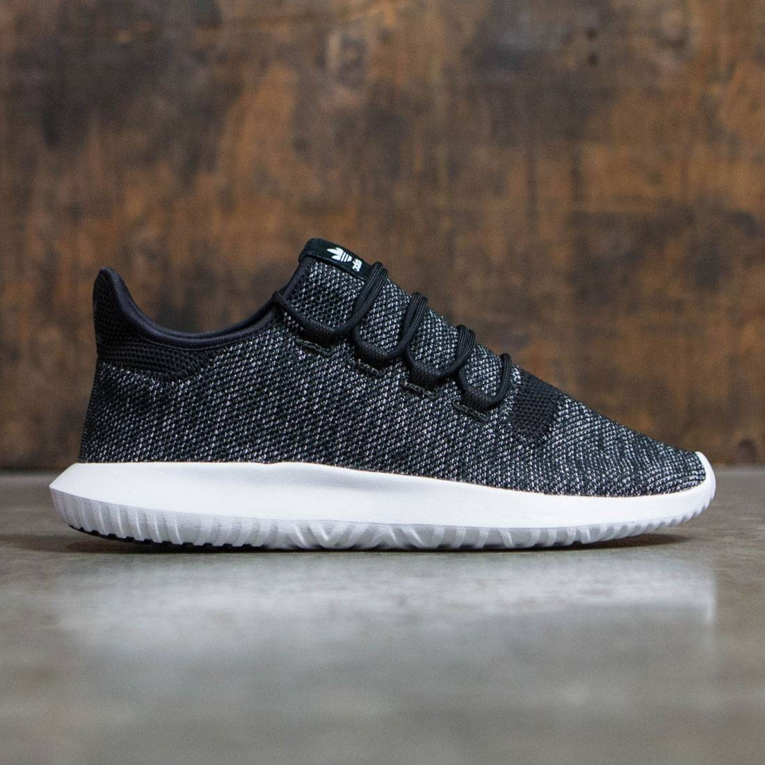 huge selection of c7685 c3e5a Adidas Men Tubular Shadow Knit (black / vinwhite)
