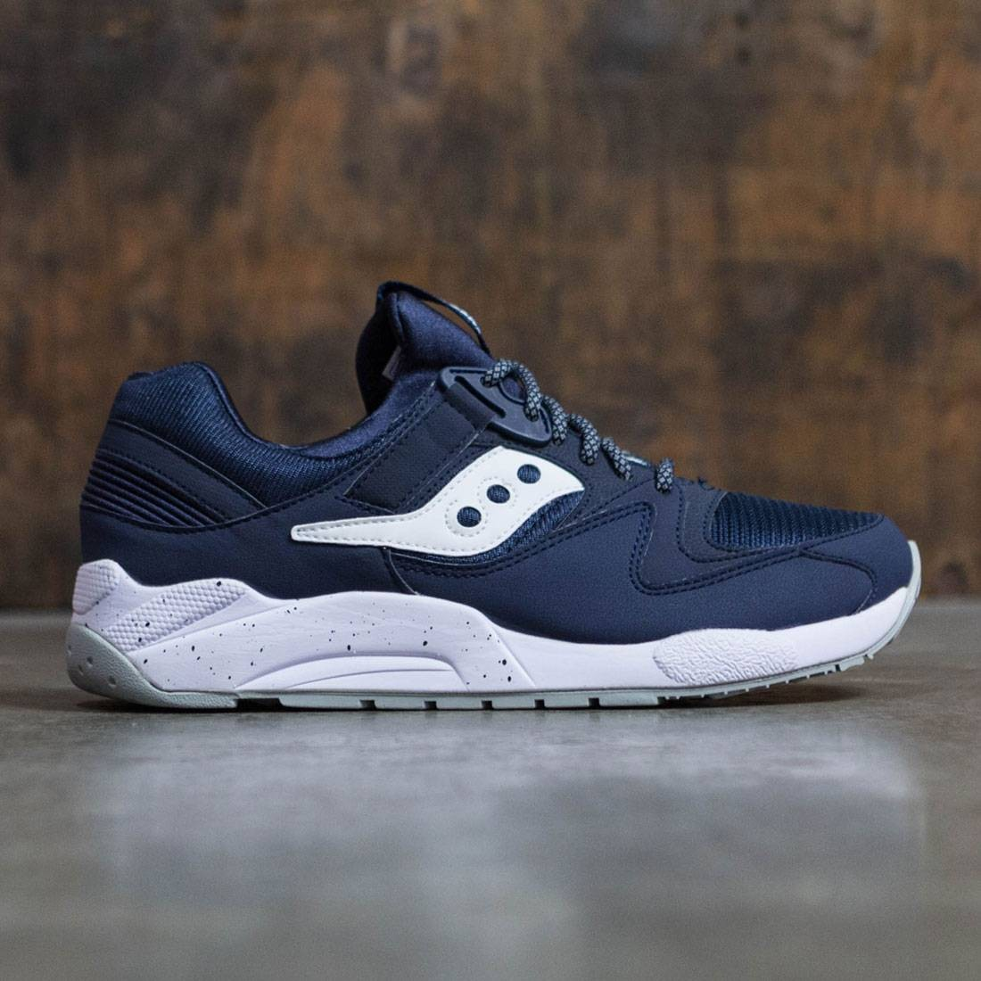 best sneakers 729fe 95deb Saucony Men Grid 9000 (navy   white)