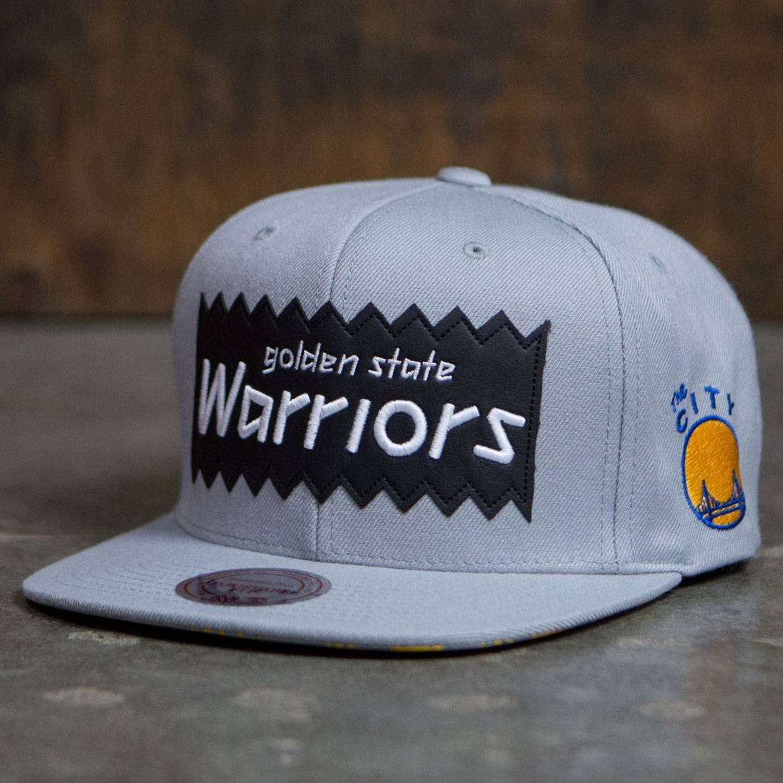 BAIT x NBA x Mitchell And Ness Golden State Warriors STA3 Wool Snapback Cap (gray)