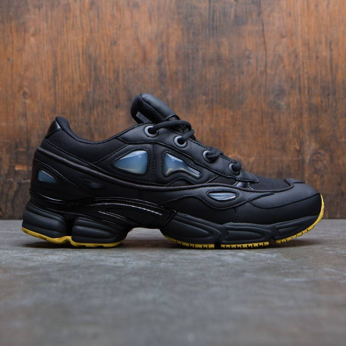 Adidas x Raf Simons Men Ozweego III (black / core black / corn yellow)