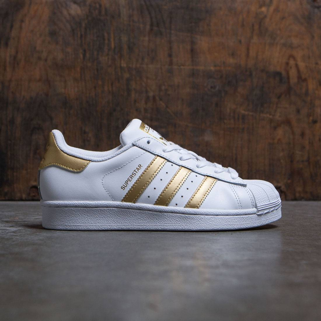 new concept 4acfb 02dde Adidas Big Kids Superstar white metallic gold blue