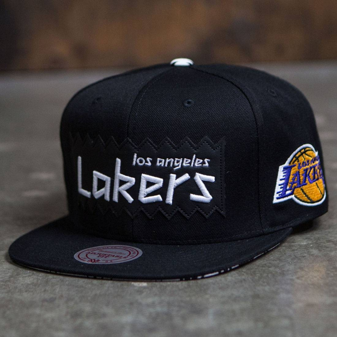BAIT x NBA x Mitchell And Ness Los Angeles Lakers STA3 Wool Snapback Cap (black)