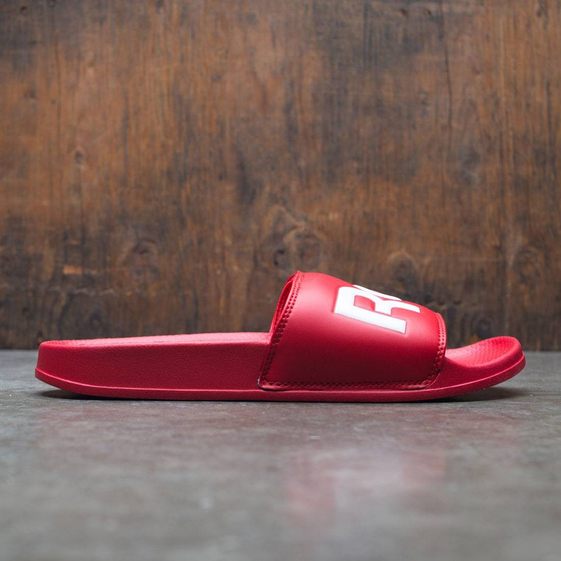 e1ee985dd8553d Reebok Men Reebok Classic Slide red scarlet white