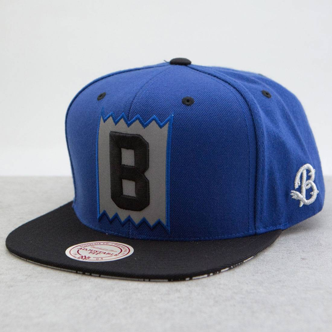 BAIT x Mitchell And Ness B Box Logo Snapback Cap - 3M (blue / black)