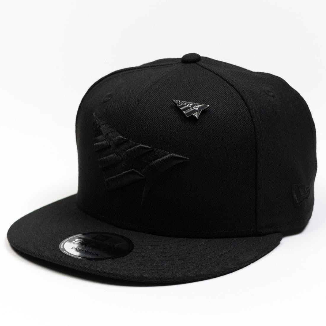 Paper Planes The Crown Snapback With Pin and Black Undervisor (black / black)
