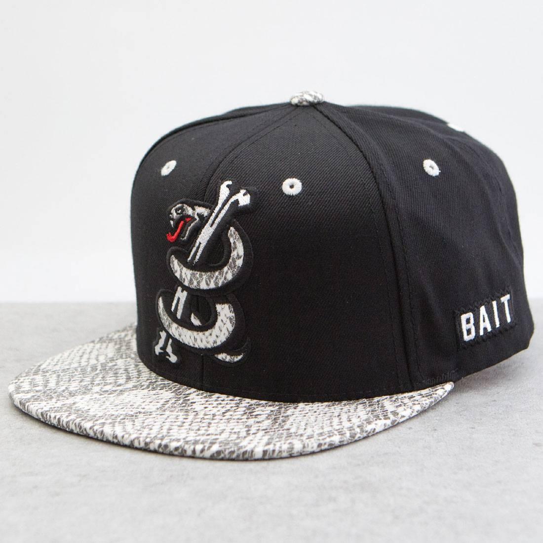 BAIT Snake Logo Starter Snapback Cap (black   white) 29b04f728a1
