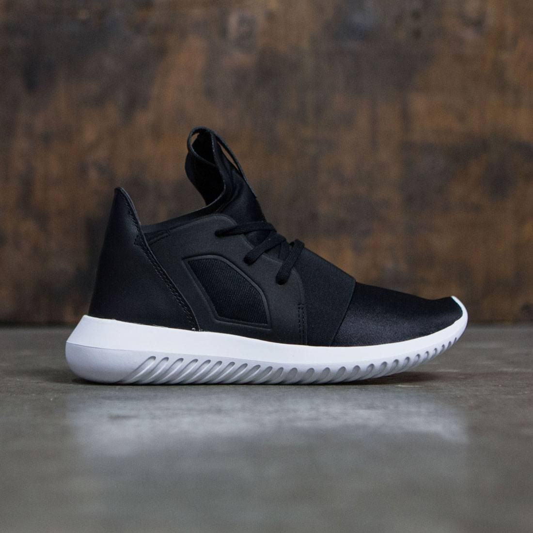 Adidas Women Tubular Defiant W black core white 8cf3092341d2