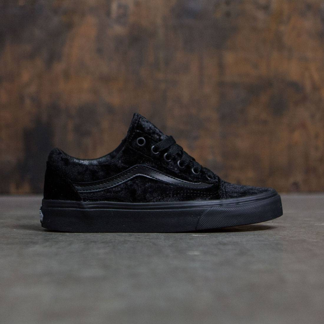 aa9299501d792f Vans Women Old Skool - Velvet black black