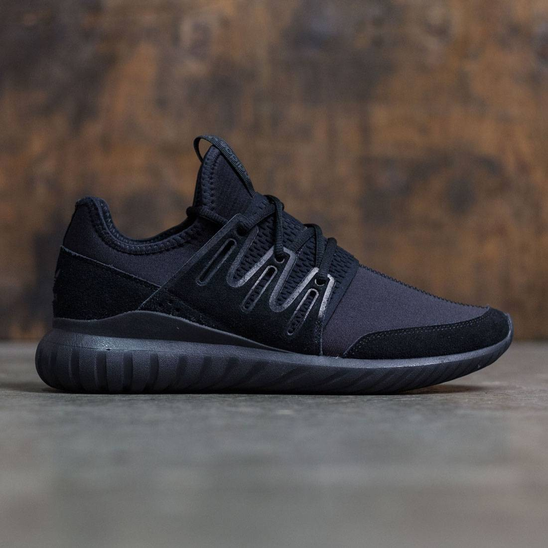 Adidas Men Tubular Radial (black / core black