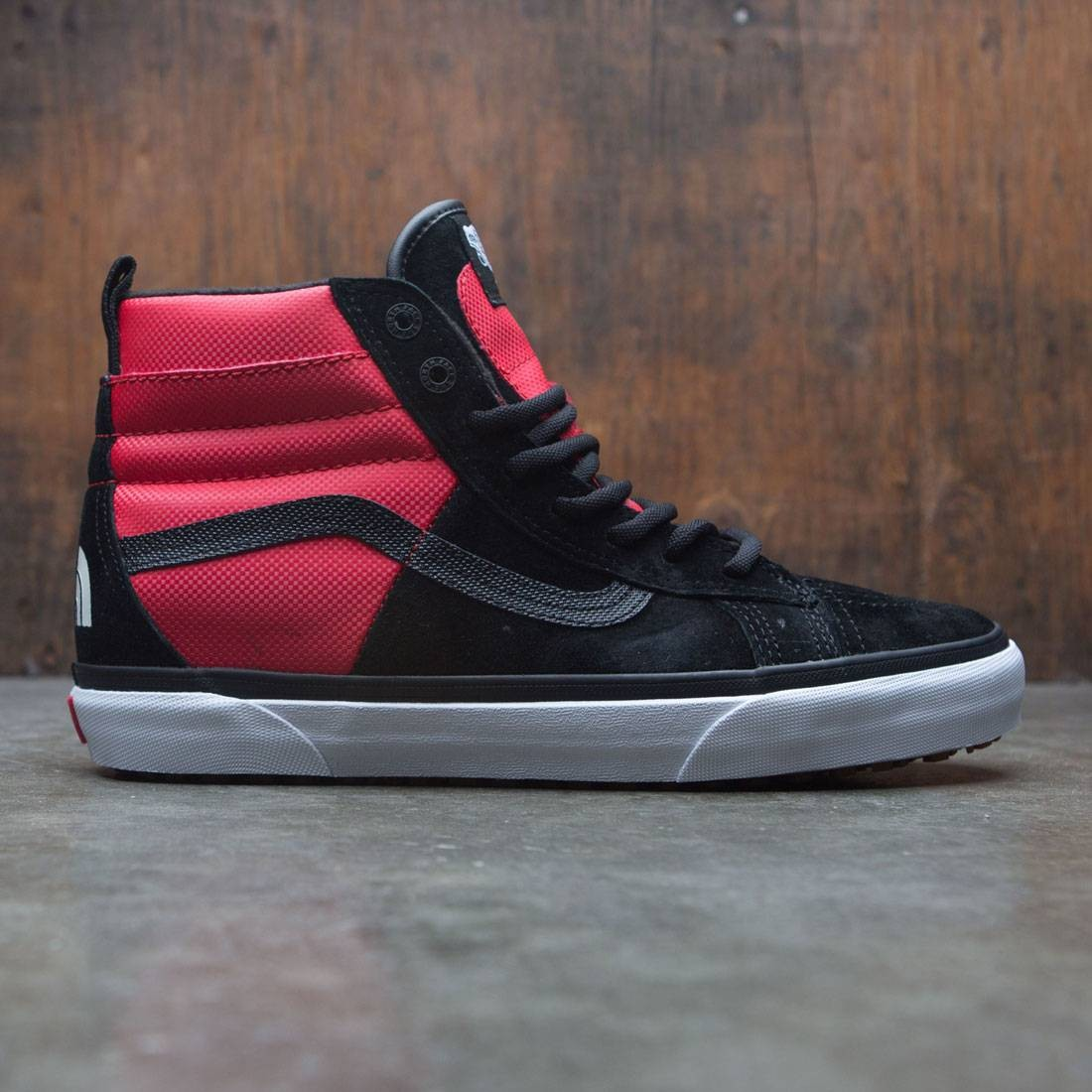 921368e3b45 Vans x The North Face Men SK8-Hi 46 MTE DX - MTE black red