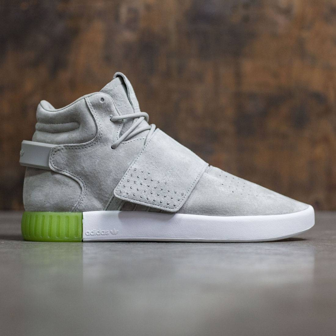 the latest afbee 4b119 Adidas Men Tubular Invader Strap (gray / sesame / semi solar slime)