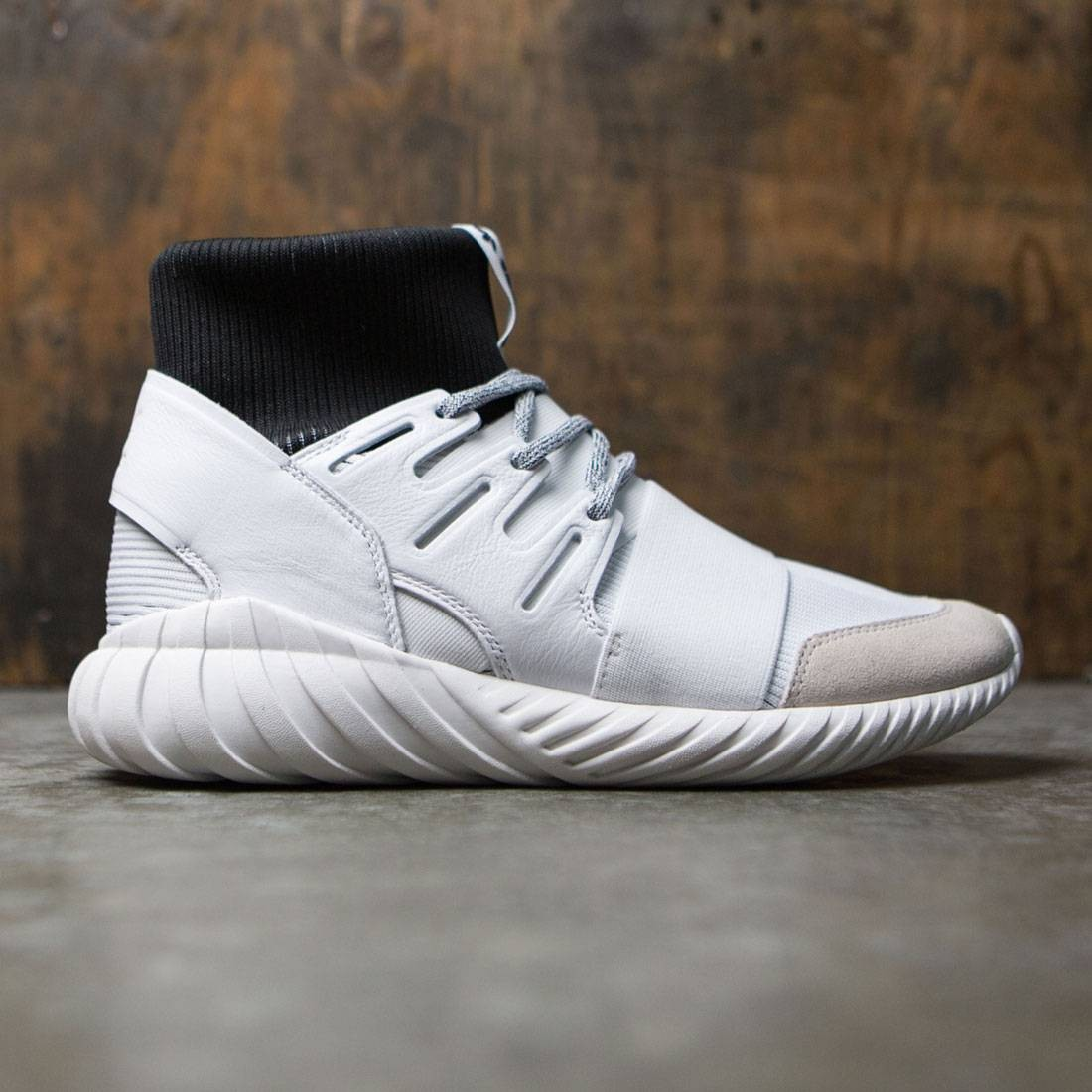 ffb0dfc15cec Adidas Men Tubular Doom white footwear white core black