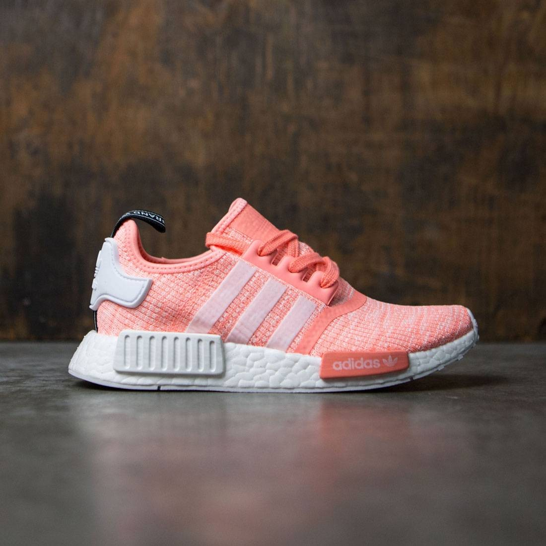 100% authentic 1cb72 80686 Adidas Women NMD R1 W orange sun glow footwear white haze coral