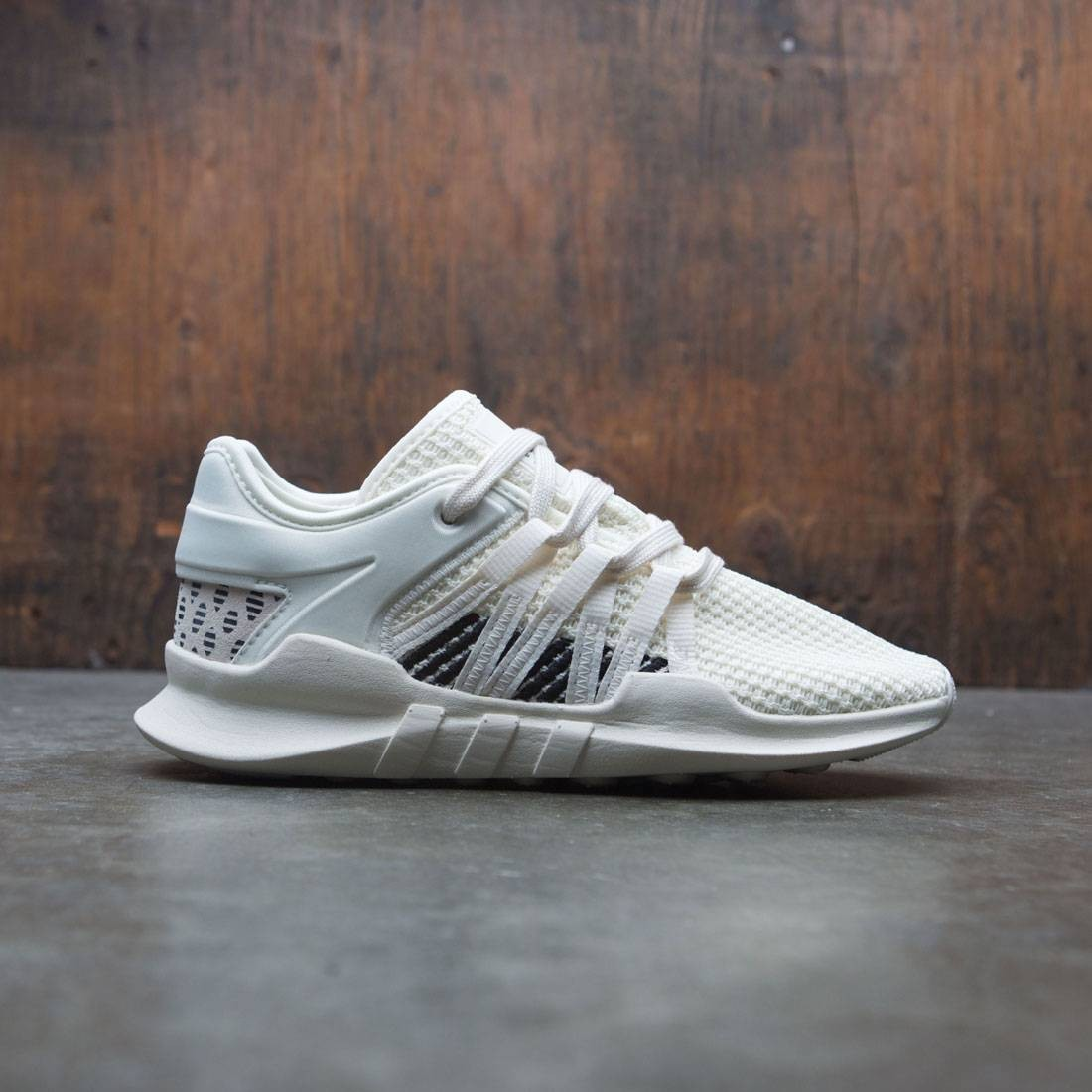 buy popular 87c00 666b6 Adidas Women EQT Racing ADV W (white / off white / core black)