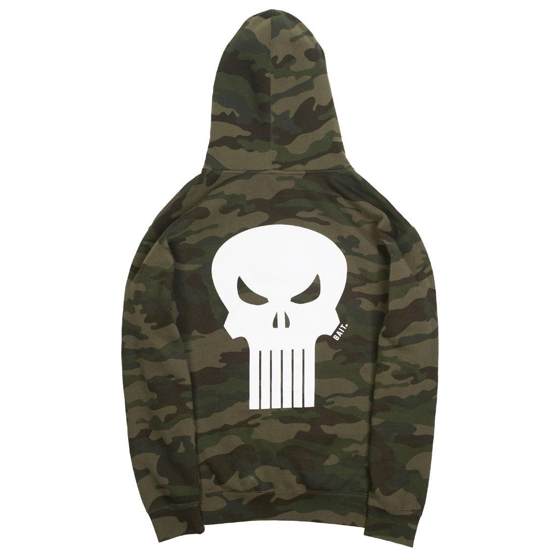 BAIT x Marvel Punisher Men Skull Hoody (camo / forest)