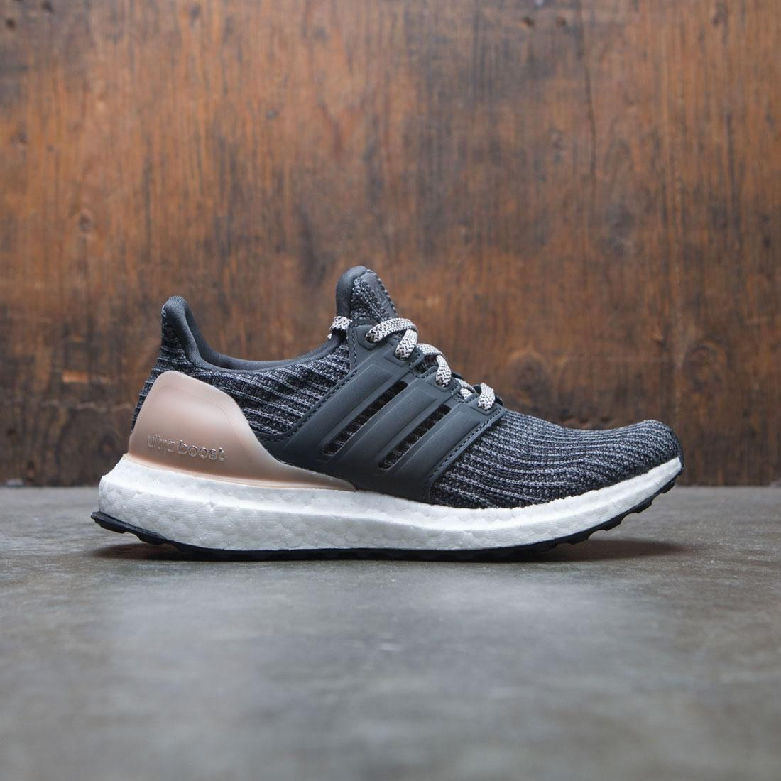 ea4017f45e018 Adidas Women UltraBOOST W gray carbon ash peach