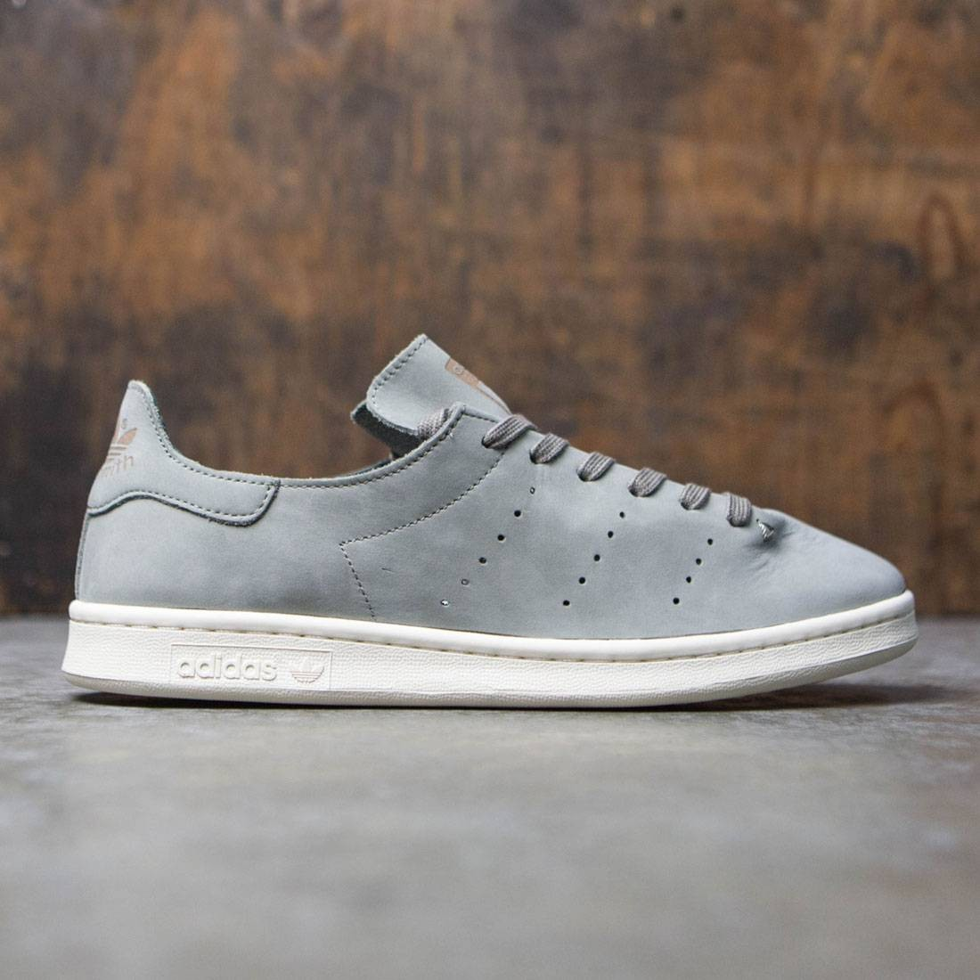 stan smith lea