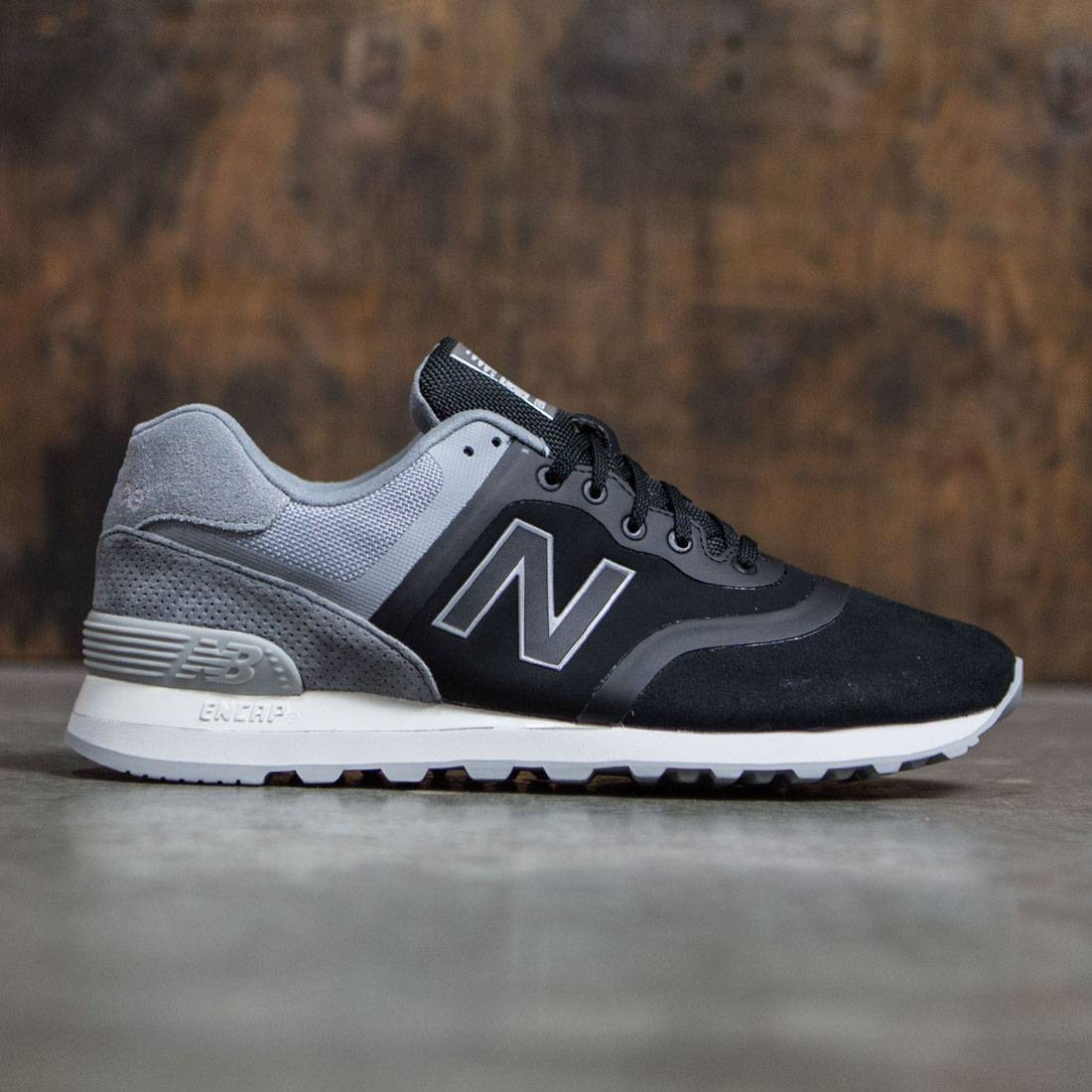 New Balance Men 574 Re-Engineered Suede MTL574DC black grey a2acf070e2e0