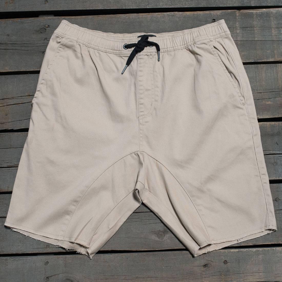 Zanerobe Men Sureshort Shorts (tan)