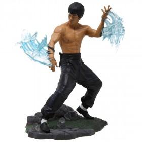Diamond Select Toys Bruce Lee Gallery Water PVC Figure (tan)