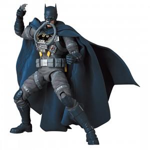 PREORDER - Medicom MAFEX Stealth Jumper Batman - Batman Hush Ver. Figure (gray)