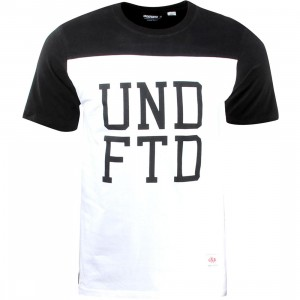 Undefeated Football Tee (black)
