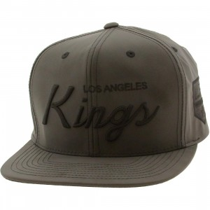 Mitchell And Ness Los Angeles Kings Tonal Reflective Snapback Cap (black)