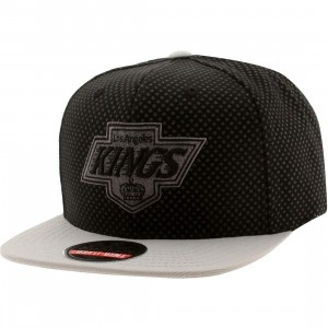 American Needle Los Angeles Kings Star Child Snapback Cap (black / gray)