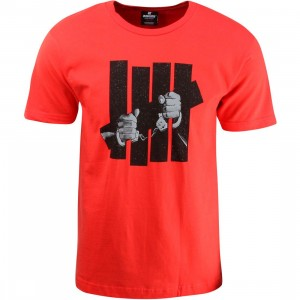 Undefeated Men Captive Tee (red)