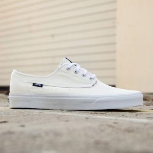 Vans Men Brigata - Deck Club (white / true white)