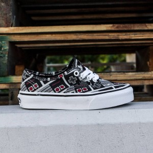 Vans x Nintendo Big Kids Authentic - Controller (black / true white)