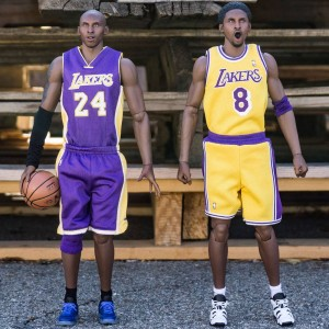 NBA x Enterbay Kobe Bryant 1/6 Scale 12 Inch Figure - Duo Pack (purple / gold)