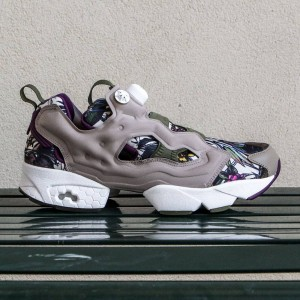 Reebok Men Instapump Fury Seasonal Graphic Pack (gray / beach stone / paper white / green / orchid)
