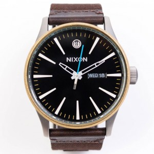 Nixon x Star Wars Sentry Leather Watch - Skywalker (black)