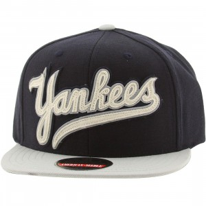 American Needle New York Yankees Flynn Snapback Cap (navy / light gray)