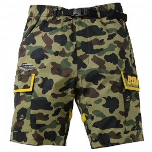 A Bathing Ape Men 1st Camo (B)Ape 2Layer Utility Shorts (green)