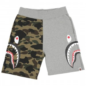 A Bathing Ape Men 1st Camo Side Sharks Sweat Shorts (gray)