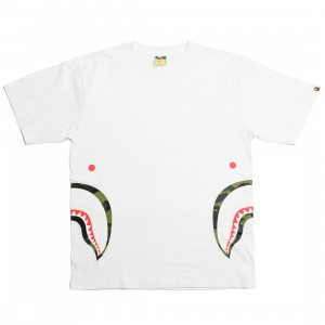 A Bathing Ape Men 1st Camo Side Shark Tee (white / green)