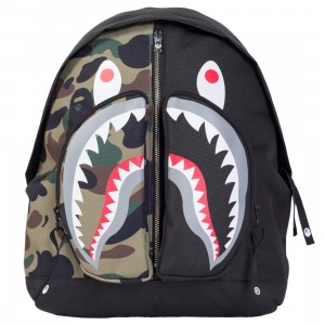 A Bathing Ape 1st Camo Shark Day Pack Backpack (black)