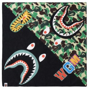A Bathing Ape ABC Shark Bandana (green)