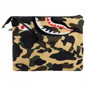 A Bathing Ape 1st Camo Shark Crossbody Bag (yellow)