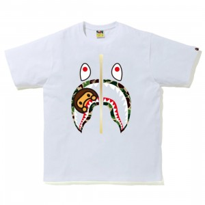 A Bathing Ape Men ABC Camo Milo Shark Tee (white / green)