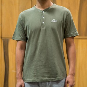 BAIT Men Core Henley Tee (green / military green)